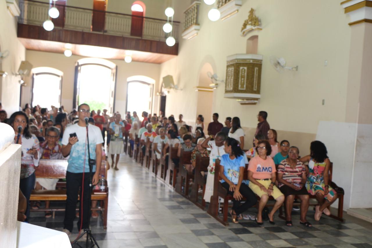 Assembleia na missa da Igreja Matriz  São Filipe e São Tiago
