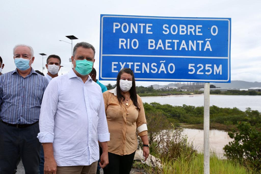 Governador Rui Costa entrega ponte e trecho de rodovia em Maragojipe